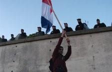 Séquestration de citoyens au Trocadéro par les forces de police le 21 avril dans l'indifférence générale : vit-on vraiment en démocratie ?