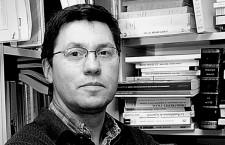 Nico Hirtt : l'Éducation nationale face aux directives européennes