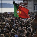 En pleine austérité, le Portugal veut réduire l'impôt sur les sociétés (Le Monde)