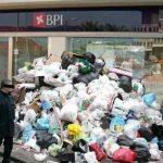 Opération « Je dépose mes poubelles devant les banques » (1er septembre 2013)
