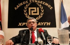 Grèce : les députés d'Aube dorée menacent de démissionner (Le Monde)