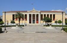 Huit universités grecques sont forcées de suspendre toute activité