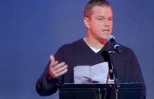 Matt Damon lit un discours d'Howard Zinn sur la désobéissance civile