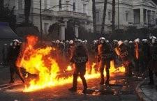 Athènes en feu, récupération politique à Paris