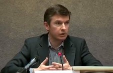 Pierre Piccinin au HCR : «L'attaque chimique d'Al Gouta est une mise en scène d'un groupe rebelle »