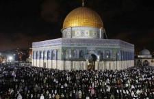 Jérusalem : des colons israéliens escaladent le Dôme du Rocher, la mosquée d'Al Aqsa une nouvelle fois perturbée
