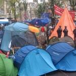 Indignés de l'arme nucléaire : campement citoyen devant le Ministère de Défense (6 août 2014)