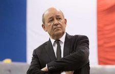Jean-Yves Le Drian, ministre des Affaires Etrangères de la France, l'un des pays qui a mis la Syrie à feu et à sang...